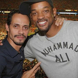 Marc Anthony le enseña a bailar salsa a Will Smith